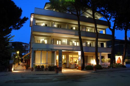 Hotel Eros Residence