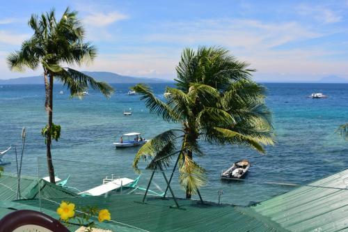 Captngreggs Dive Resort
