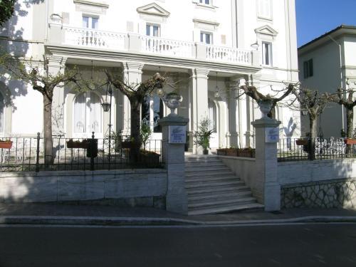 亞歷山大金棕櫚酒店