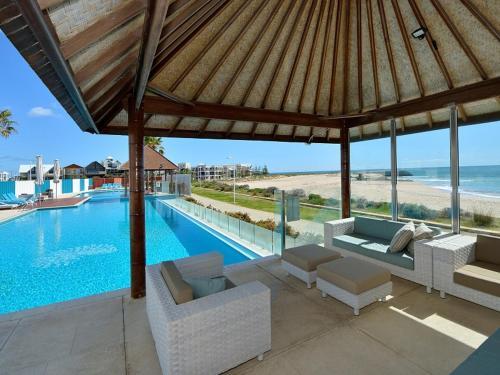 Sea Side Villa 3B