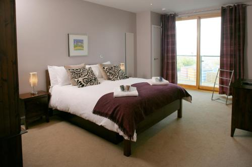 Ground Floor 2-bedroom Apartment - Fistral Beach