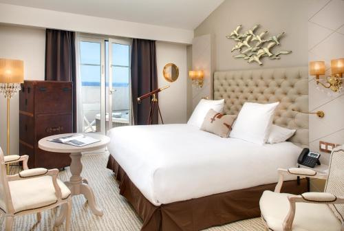 Grand Hotel Des Sablettes Plage, Curio Collection By Hilton