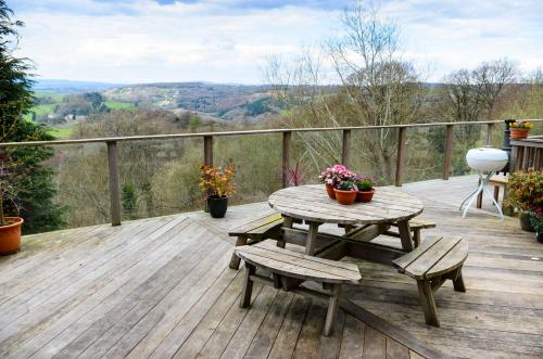 Wye Valley Forest Retreat