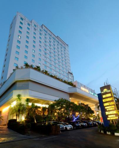 Image Result For Hotel Grand Cempaka