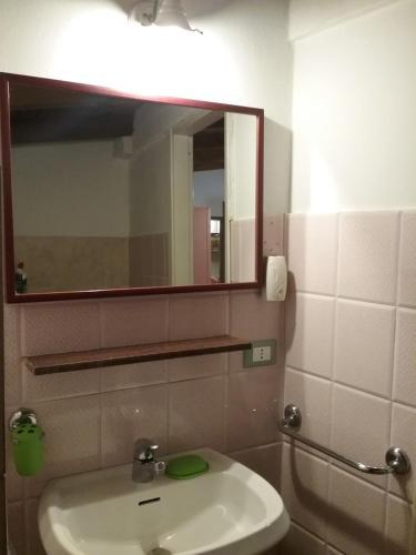 A bathroom at Rosa