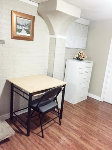 SW Oakville Apartment