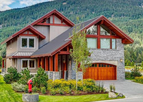 Whistler Mountain Home