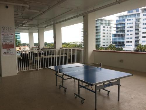 Balcony Studio Sleep 4 , Miami Beach, Free Valet Parking