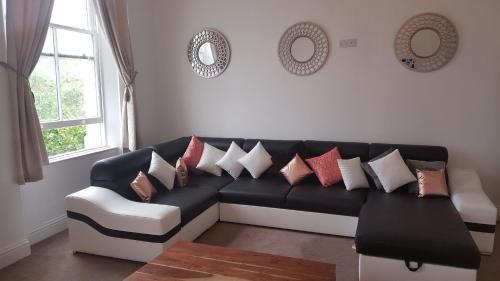 Amazing Liverpool Centre Apartment sleeps 8