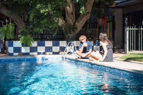 Jump Inn Alice Budget Accommodation