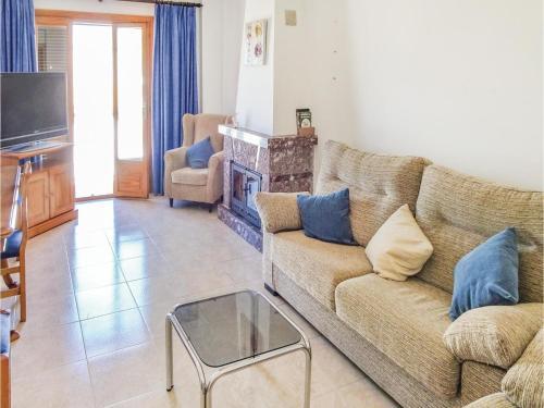 Three-Bedroom Holiday Home in Cala Rajada
