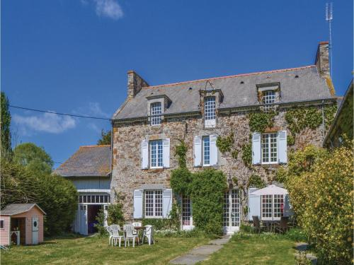 Holiday Home Mont Dol Le Grand Frouville