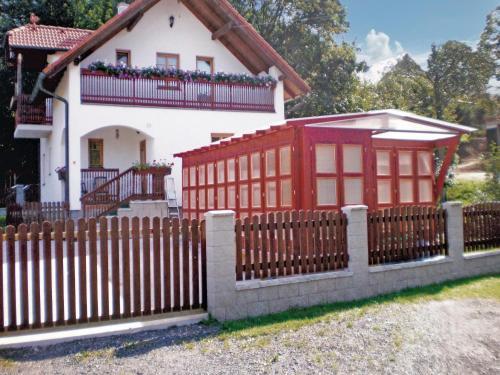 Holiday home Uboci