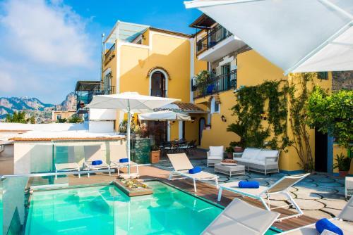 Villa Degli Dei Luxury House