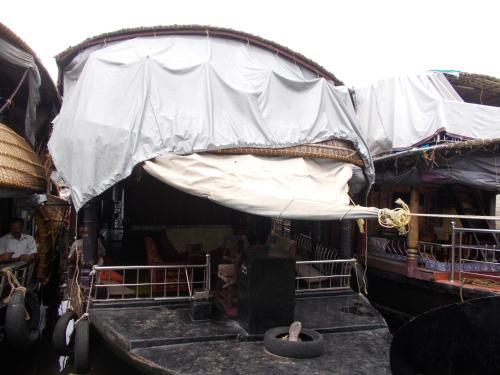 Venisa House Boat Family 3BH