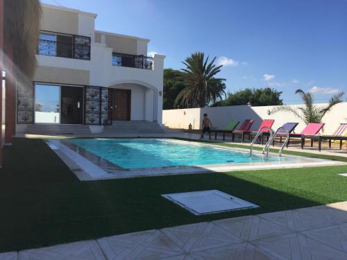 Belle villa avec piscine midoun tarifs 2018 - Location villa collioure avec piscine ...