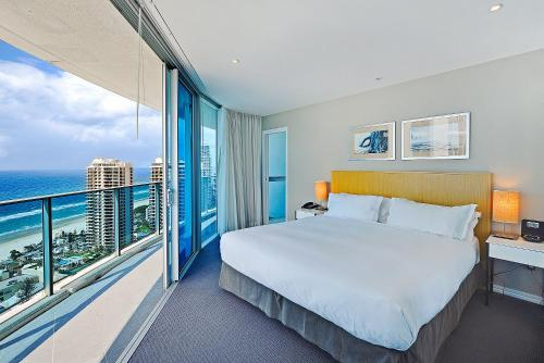 Ocean View Luxury 2-Bedroom Apartment, Gold Coast ...