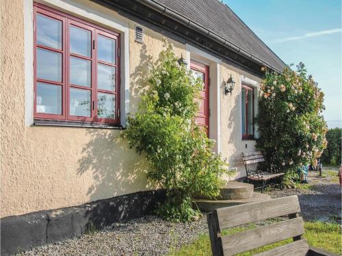 Foto hotell Three-Bedroom Holiday Home in Borrby