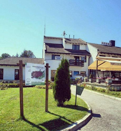 motel izvor kosjeri serbia bookingcom