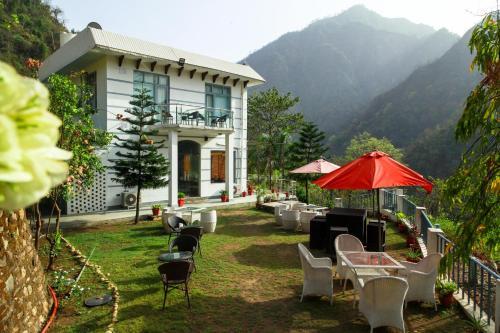 Explore Himalyas Resort