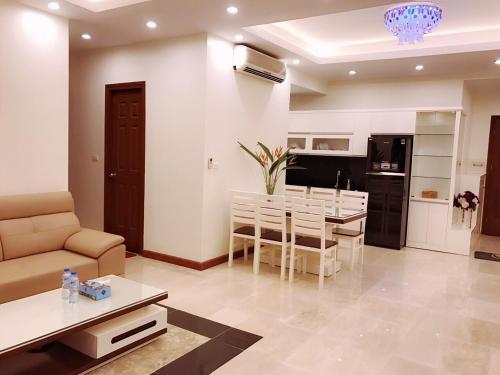 GreenBay Apartment T2 1501