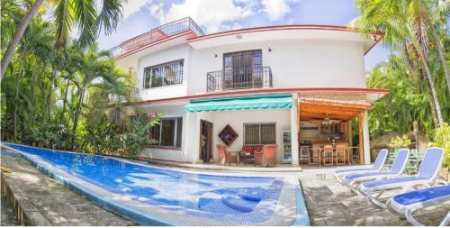 Villa Anouar