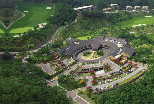 The Star Hue Golf and Resort