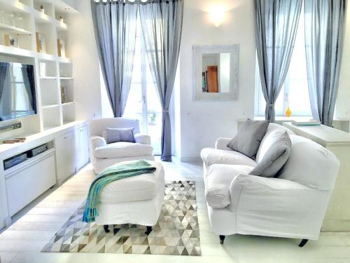 A seating area at Collection Apartment - Milan