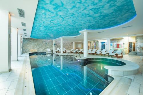 阿爾盆羅斯酒店