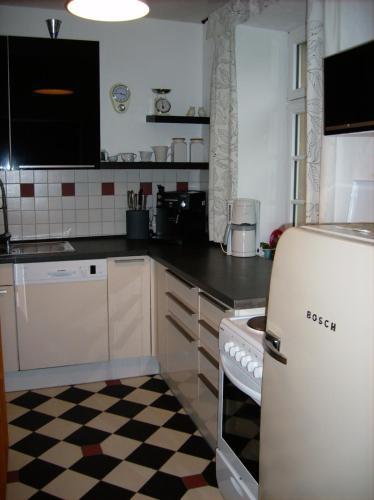 A kitchen or kitchenette at Moselvilla Enkirch