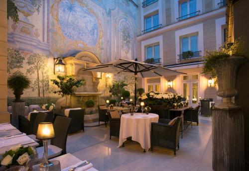 Castille Paris – Starhotels Collezione 2a87ddcfcc3