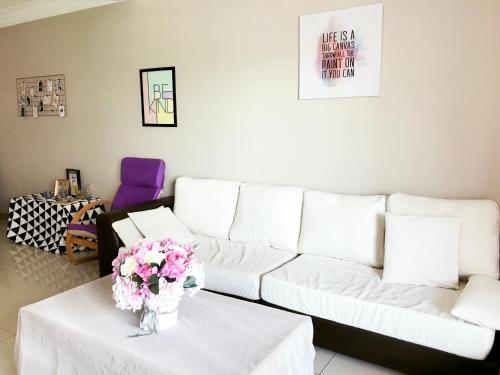 The Nest@Marina Court Resort Condominium
