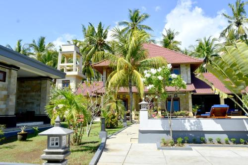 Villa Romy and Bungalows