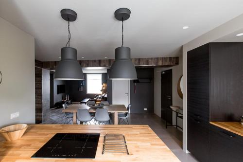 A kitchen or kitchenette at Acco Luxury Apartments