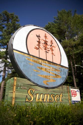 Sunset Motor Inn