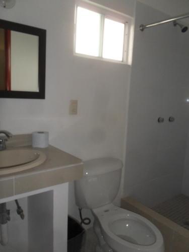A bathroom at Hotel Hacienda de Zapata