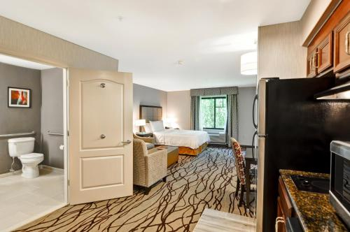 Homewood Suites by Hilton Cambridge-Arlington