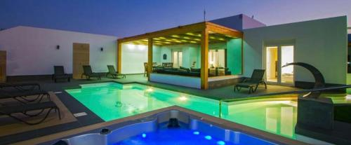 Dreams Villa Suites