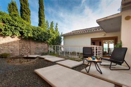 Genteel Home Casa de la Alhambra