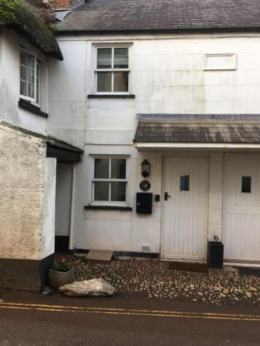 Dor Ka Joy Holiday Cottage Sleeps 8