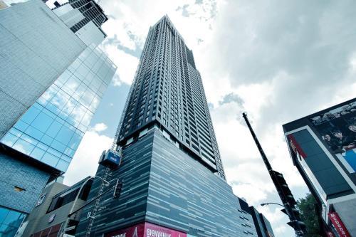 Apartment Suite on Avenue des Canadiens-de-Montréal