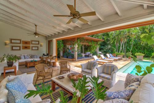 Cozy Casa de Campo Villa