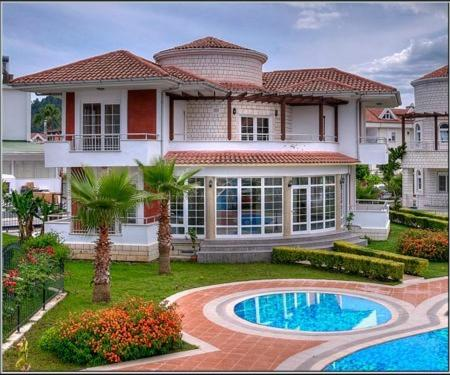 Tropicano Family Villas