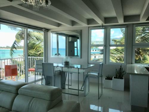 Amapola SeaSide Beach Front Apartment