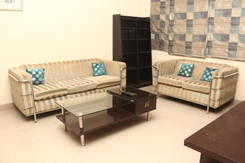 Furnished South City Apartments, Gurgaon