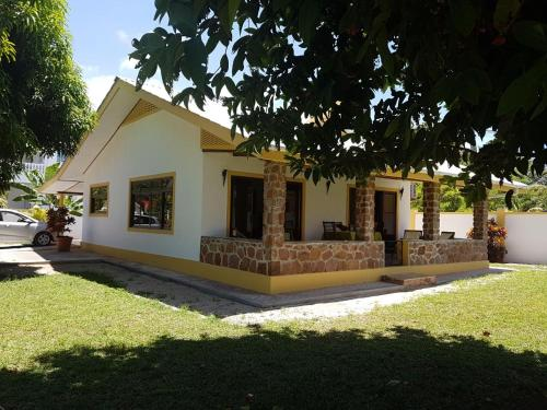 Heritage villa grand anse seychelles booking com