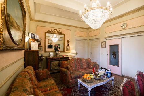 Antica Residenza D'Azeglio Room&Breakfast di Charme