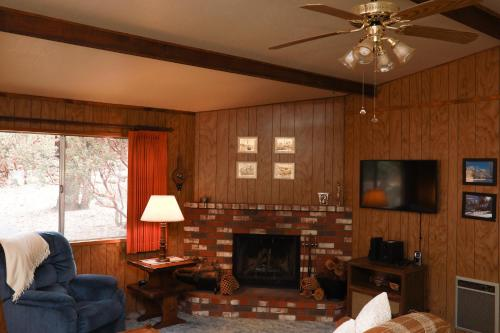 Tahquitz Chalet