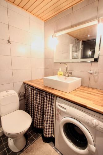 2 room apartment in Jyväskylä - Aarontie 8
