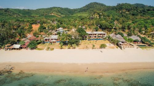 A bird's-eye view of Thai Island Dream Estate